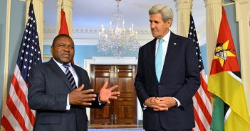Filipe Nyusi and John Kerry address reporters after meeting  at the U.S. Department of State