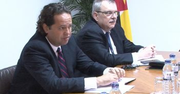 IMF resident representative in Mozambique, Ari Aisen (left), and mission chief Michel Lazare.