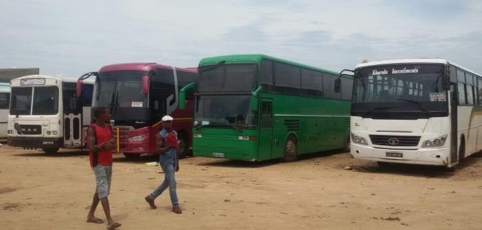 Bus operators restart services in central Mozambique, but remain wary