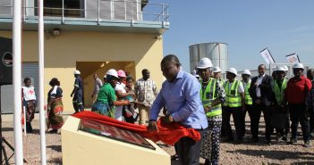 President Filipe Nyusi inaugurated the Kuvaninga gas-fired power plant on 15 July 2017.
