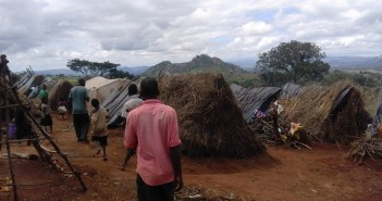 Grass huts house refugees at Kapise, Malawi, 30 January 2016. Photo: Fungai Caetano for Zitamar
