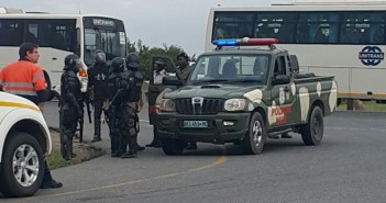 Members of Mozambican police rapid reaction unit, the UIR, at Moatize. Photo: Zitamar News