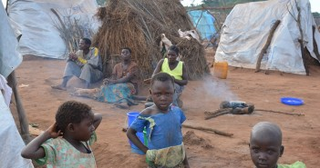 Mozambican refugees at Kapise, Malawi. Photo © Lameck Masina