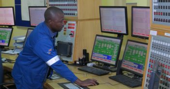The control room at Sasol's gas processing facility in Inhambane. Photo © Zitamar News