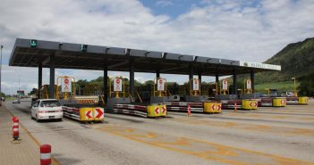 Tolls are already in operation on the highway linking Maputo to South Africa. Photo: TRAC