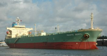 The Pacific Beryl tanker. Photo: http://www.shipspotting.com/gallery/photo.php?lid=1628316