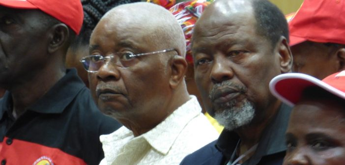 Former Presidents Armando Guebuza and Joaquim Chissano at a Frelimo Central Committee meeting in Maputo on 26 May 2017. Photo © Alexandre Nhampossa / Zitamar News