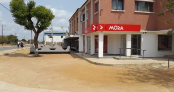 A branch of Moza Banco in the town of Chicualacuala, opened in May 2017. Photo: Moza Banco