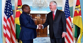 President Nyusi meets Secretary Tillerson in Washington DC, 14 June 2017.