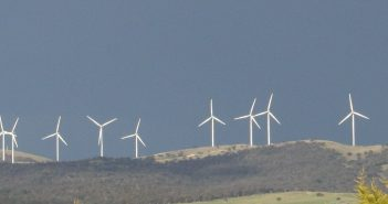 Bungendore wind farm, Australia. Photo © Brian McNamara, Flickr
