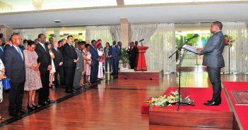 President Filipe Nyusi addressing diplomats at his residence in Maputo, 22 January 2018.