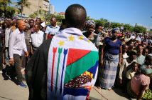 Renamo supporters at the funeral of Afonso Dhlakama in Beira, 9 May 2018. Photo © Adrien Barbier