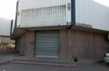 The shuttered former Usave store in Dondo, Sofala. Photo © Raindinho Geriano