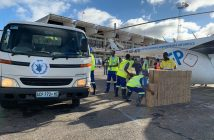 World Food Programme staff load and unload aid at Beira airport. Photo © Deborah Nguyen/WFP
