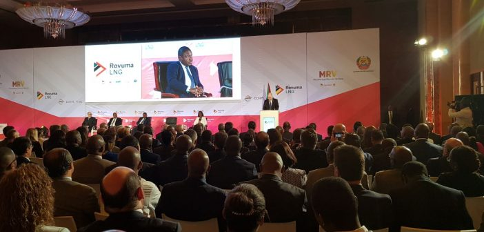 The Rovuma LNG Initial Investment Decision ceremony in Maputo © Zitamar News