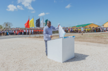 President Filipe Nyusi inaugurating the Mozambique LNG resettlement village in August 2019
